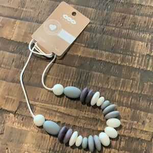 NWT 'Banded' Baby Teething Necklace for Mom